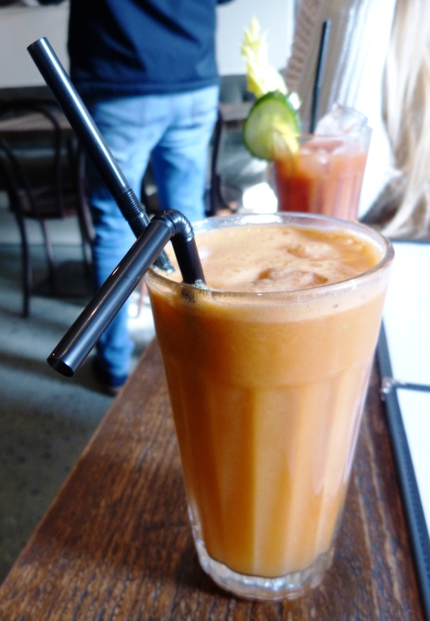Apple Carrot Ginger Juice